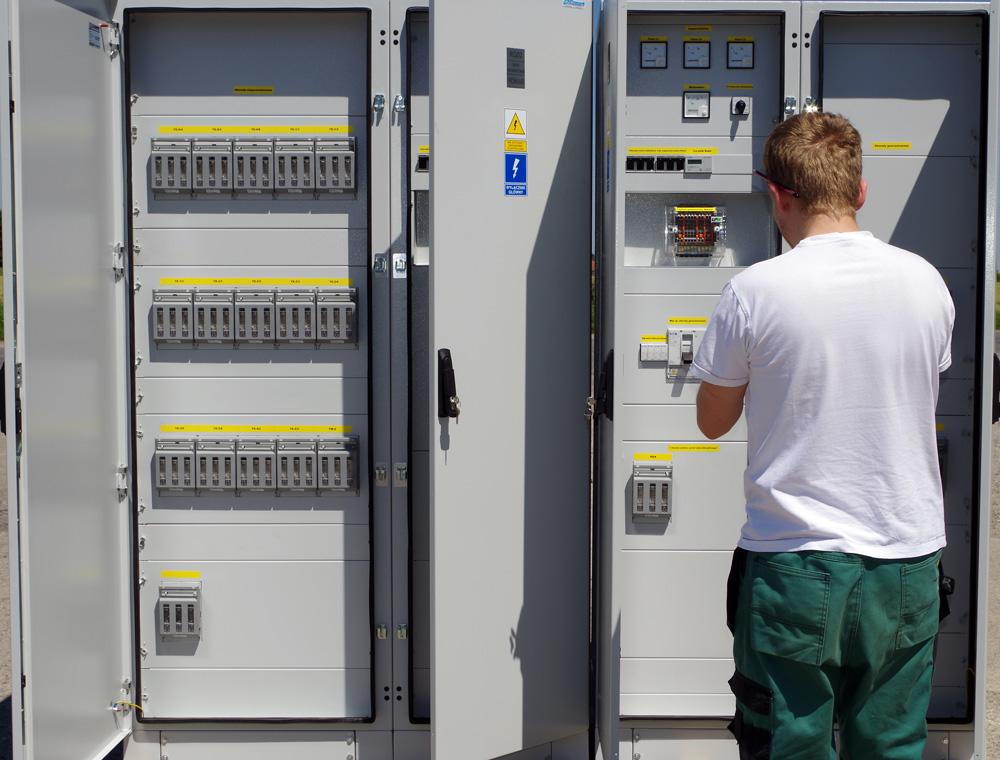 rozdzielnice elektryczne ramowe prefabrykacja
